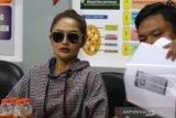 Siti Badriah penuhi panggilan Polda Jatim terkait 'MeMiles'