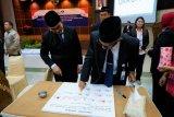 Wujudkan zona bebas korupsi, Kepala BKKBN Sultra cap jempol darah