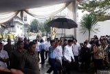 Sejumlah tokoh dan pejabat negara melayat di rumah duka Salahuddin Wahid