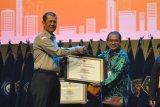 Dukung penyebarluasan informasi kebencanaan, LKBN Antara raih penghargaan dari BNPB