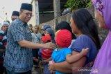 Gubernur NTB mengajak masyarakat peduli anak yatim piatu
