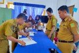 Pejabat Diskominfo dan Persandian Sinjai tandatangani perjanjian kinerja