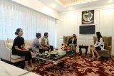 Gubernur Sulsel pamerkan cendera mata 24 kota/kabupaten di final PPI