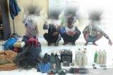 Polda Sulteng tangkap empat terduga pelaku bom ikan di Morowali