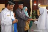 510 siswa madrasah wisuda tahfidz di Sijunjung