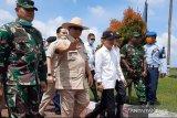 Prabowo disambut sorak gembira setibanya di Natuna