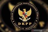 DKPP berhentikan anggota KPU yang merangkap PNS