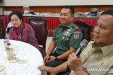 Prabowo ingin membuat patung Bung Karno naik kuda
