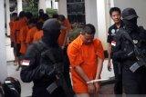 Polisi tangkap 13 tersangka kasus tembakau gorila