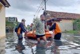 Batang dan Pekalongan banjir, 267 mengungsi