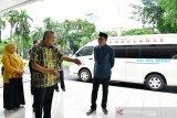 Gubernur Sulsel salurkan hibah ambulans Jepang untuk Pinrang