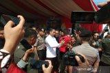 Presiden Jokowi jadi buruan jurnalis untuk swafoto