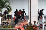 Polisi tembak mati penembak massal di mal perbelanjaan  Thailand