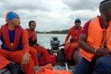 Tim SAR Jayapura lanjutkan pencarian satu warga tenggelam di pantai Holtekam
