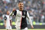 Cristiano Ronaldo dinilai terlalu tua untuk Bayern Muenchen