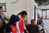 Pembunuh suami dan anak tiri terancam hukuman mati