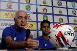 Arema incar kemenangan tiap laga Piala Gubernur Jatim 2020