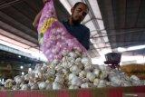 Pembeli di Palu harapkan kestabilan harga bawang