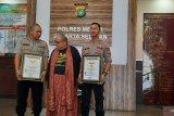 Mantan Kasat Polrestro Jaksel AKBP Andi Sinjaya Ghalib terima penghargaan Muri