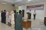 Lantik enam notaris, Kakanwil Kemenkumham Sultra tegaskan ikuti aturan