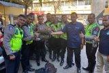 Polisi mengamankan empat kilogram ganja saat razia lalu lintas