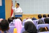 Gubernur Sampaikan Kuliah Umum Dies Natalis Fisipol UNHAS