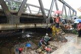 Wali Kota Bandarlampung tinjau lokasi banjir