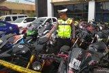 Satlantas Polresta Bandarlampung amankan dan musnahkan 257 knalpot racing