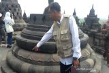 Keterlaluan, batuan Candi Borobudur ditempeli ribuan noda permen karet