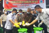 Polda Sulawesi Utara musnahkan 382,73 gram sabu-sabu dan kokain