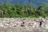 DLH Sangihe: Sampah plastik didominasi botol dan gelas air minum