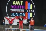 Lifter putri Indonesia Windy Cantika meraih emas Kejuaraan Asia Junior 2020