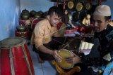 Siswa disabilitas netra berlatih gamelan