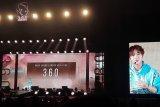 Park Ji-hoon malam mingguan di Indonesia, tebar