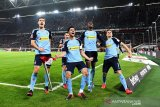 Gladbach kembali ke peringkat keempat usai bekap Duesseldorf 4-1