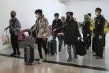 Mahasiswa kedokteran Papua yang kuliah di China pulang ke keluarganya