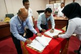 KPPN Makassar dan Pemkab Gowa tanda tangani rekonsiliasi penyetoran pajak