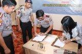 Polda Sulteng - DSLNG tandatangani kerja sama pengamanan
