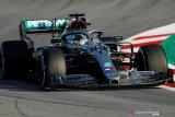 Lewis Hamilton tercepat di hari pertama tes pramusim Barcelona