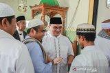 Menjadi khatib salat Jumat, Gubernur Babel sampaikan pentingnya ukhuwah islamiyah