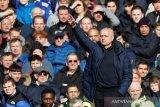 Mourinho tak bisa mengeluh walau Tottenham takluk 1-2