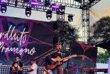 Ardhito Pramono buat adem panggung Love Fest 2020
