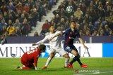 Real Madrid gagal ke puncak, tersandung 0-1 di kandang Levante