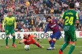 Messi caturgol saat  Barca gulung Eibar 5-0