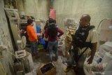 BNN Jabar temukan dua juta pil saat geledah empat rumah di Bandung
