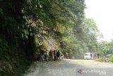 Jalur Bukittinggi-Padang di Silaing sudah dapat dilalui kembali