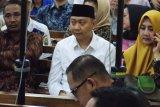 Bupati Lampung Utara nonaktif disidang kasus suap proyek Dinas PUPR