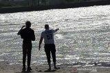 Dua warga asing asal Pranscis coba tangkap buaya berkalung ban di Palu