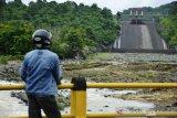 Volume ketinggian air bendungan Bili-bili Kabupaten Gowa