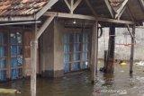 Tinggi genangan banjir di Kudus mulai berkurang